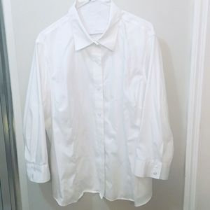 Like New Jones NY Button Front Cotton Blouse